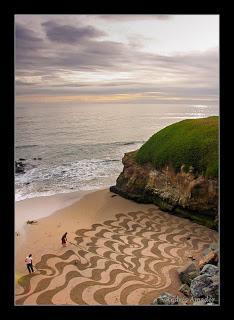 Andress Amador. Sanfrancisko pludmales smilšu māksla.