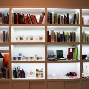 Ilgi gaidītais suvenītu veikaliņš  Dekoratīvās mākslas un dizaina muzejā atvērts!